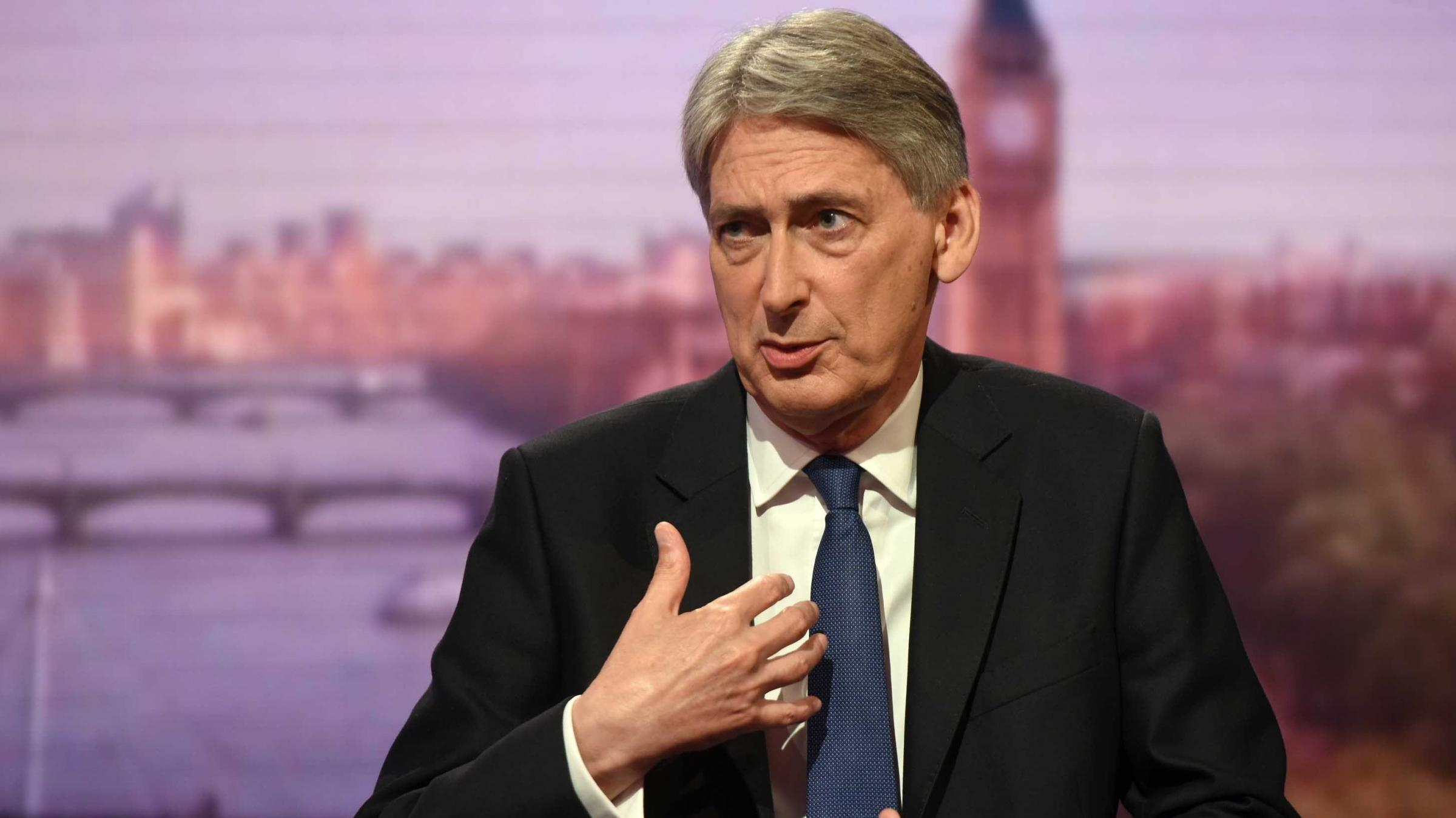 Chancellor Philip Hammond warns: We must avoid Brexit 'cliff edge'